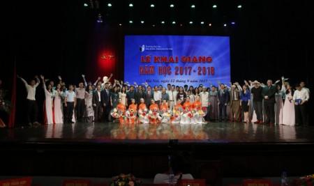 Trường Đại học Sân khấu – Điện ảnh Hà Nội tổ chức khai giảng năm học mới (2017 – 2018)