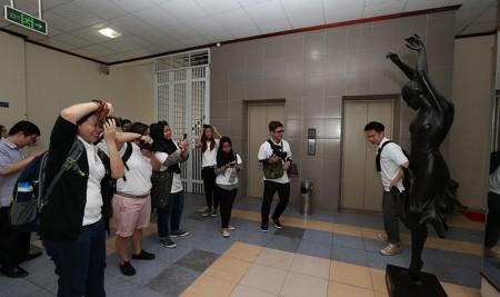 Trường Đại học Sân khấu – Điện ảnh Hà Nội tiếp đón đoàn giảng viên và sinh viên Trường Đại học Bách khoa Nanyang (Singapore)